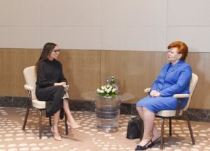 meheriban-aliyeva-with-latvian_president