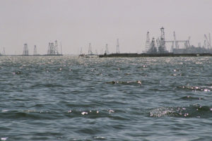 azerbaijan-baku-oil-rigs-seen-from-boat